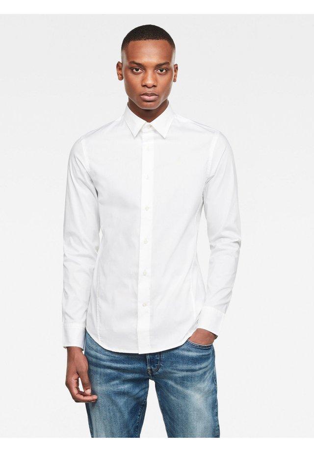 DRESSED SUPER SLIM - Overhemd - white