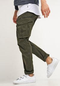 G-Star - ROVIC ZIP 3D STRAIGHT TAPERED - Cargobyxor - dark bronze green - 3