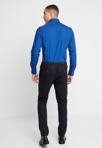 G-Star - POWEL SLIM TRAINER - Jeans slim fit - dark black - 2