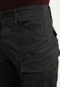 G-Star - ROVIC ZIP 3D STRAIGHT TAPERED - Cargo trousers - raven - 3