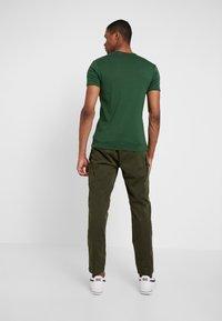 G-Star - ROXIC STRAIGHT TAPERED - Cargo trousers - dark bronze green - 2