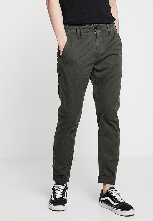 VETAR  - Pantalones chinos - premium micro str twill - asfalt