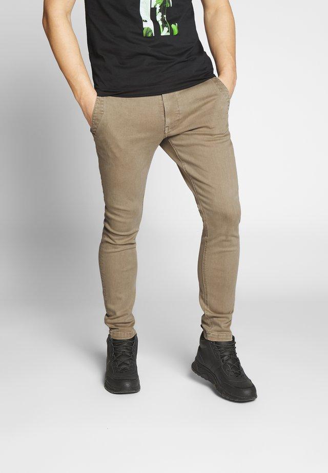 SKINNY CHINO - Pantalones chinos - toggee