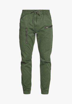 POWEL SLIM TRAINER - Kalhoty - wild rovic