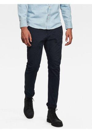 VETAR SLIM CHINO - Chino kalhoty - mazarine blue