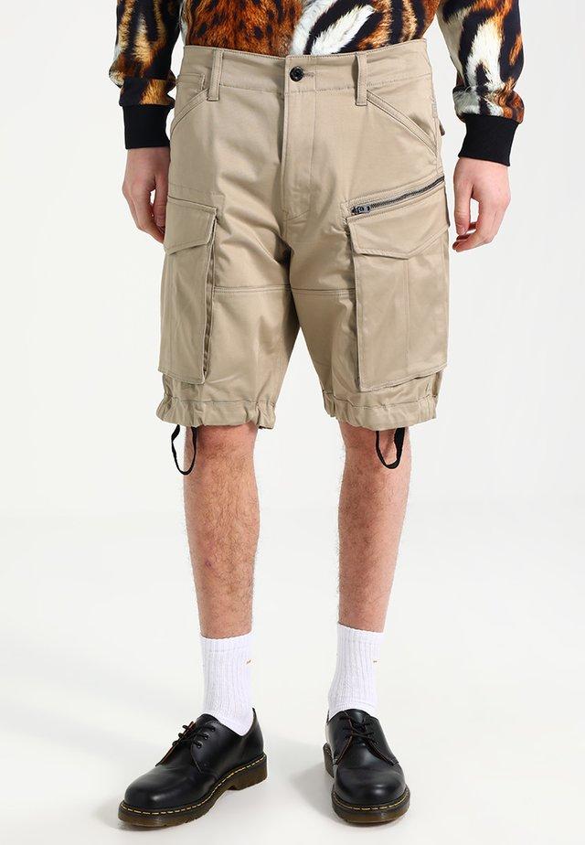 ROVIC ZIP RELAXED - Shorts - dune