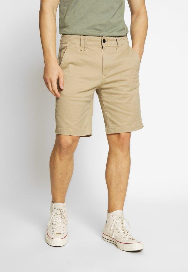 VETAR CHINO SHORT - Shorts - sahara