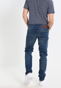 G-Star - 3301 LOW TAPERED - Džíny Relaxed Fit - firro denim - 2