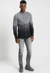 G-Star - 3301 SLIM - Slim fit jeans - medium aged antic - 1