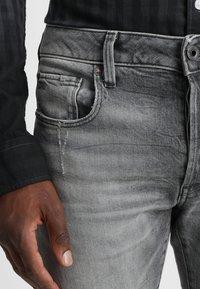G-Star - 3301 SLIM - Slim fit jeans - medium aged antic - 3