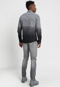 G-Star - 3301 SLIM - Slim fit jeans - medium aged antic - 2