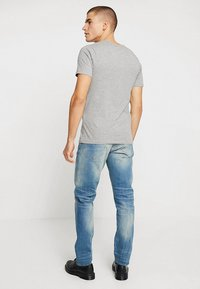 G-Star - 3301 STRAIGHT TAPERED - Jeans straight leg - cyclo stretch denim - light aged - 2