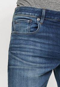 G-Star - 3301 SLIM - Jeans slim fit - elto superstretch medium aged - 3
