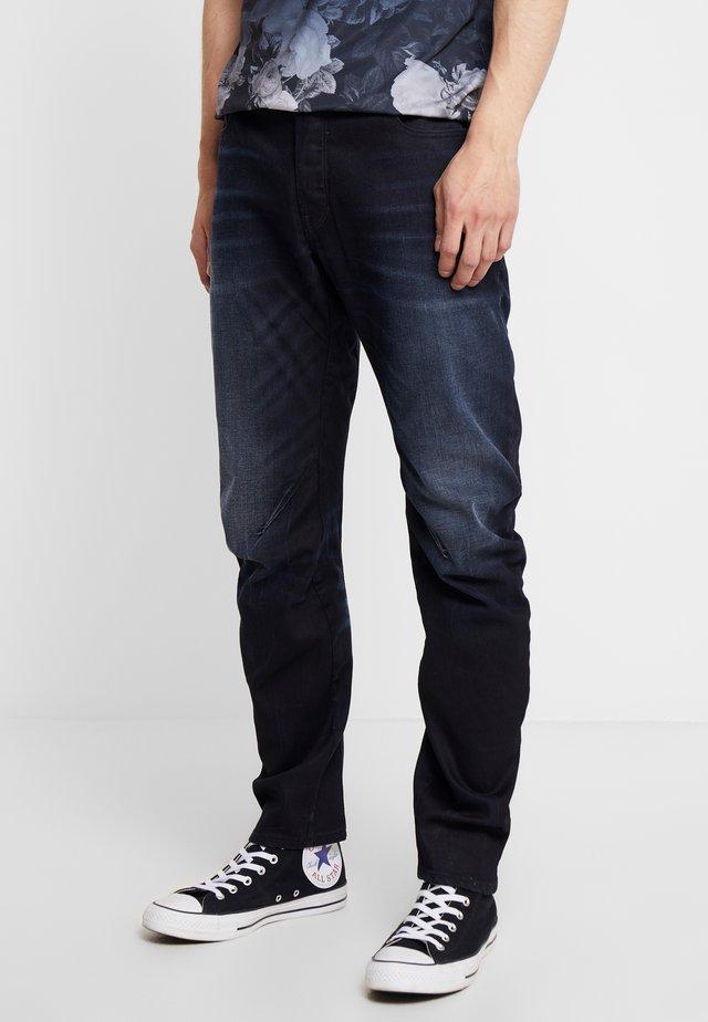 ARC 3D SLIM - Jeans Slim Fit - siro black denim aged