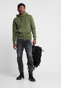 G-Star - TOBOG 3D RELAXED TAPERED - Jeans Relaxed Fit - nero black/antic charcoal - 1