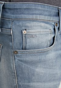 G-Star - 3301 SLIM - Slim fit jeans - elto novo superstretch - faded quartz - 5