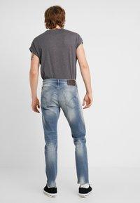 G-Star - 3301 SLIM - Slim fit jeans - elto novo superstretch - faded quartz - 2