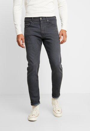 3301 SLIM - Džíny Slim Fit - kamden grey stretch denim