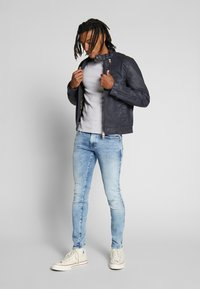 G-Star - REVEND SKINNY - Jeans Skinny Fit - light-blue denim - 1