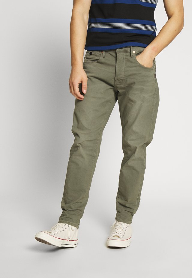 LOIC RELAXED TAPERED COJ - Jeansy Relaxed Fit - khaki