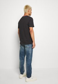 G-Star - 3911 ALUM RELAXED TAPERED - Džíny Relaxed Fit - blue denim - 2