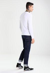 G-Star - BASE R T L/S 1-PACK  - Long sleeved top - white - 2