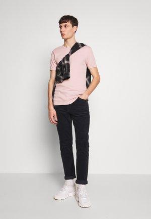 BASE 2 PACK  - T-shirt basique - light pink