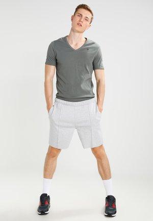 BASE V T S/S SLIM FIT 2 PACK - Basic T-shirt - orphus