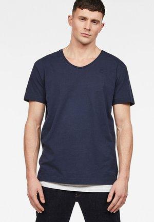 Alkyne Loose U Neck - T-shirt basic - sartho blue
