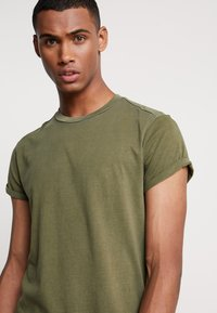 G-Star - SWANDO RELAXED R T S/S - Jednoduché triko - sage - 3