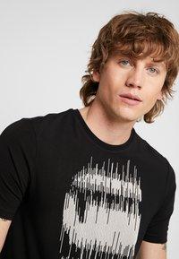 G-Star - GRAPHIC SLIM - T-shirt med print - black - 3