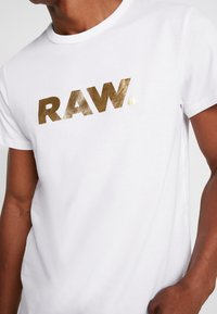 G-Star - RAW. R T S/S - Camiseta estampada - white - 5