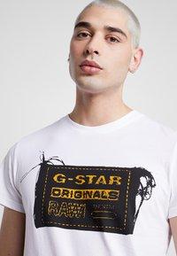 G-Star - ORIGINALS REGULAR R T S/S - T-shirt med print - white - 4