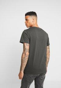 G-Star - ORIGINALS REGULAR R T S/S - Camiseta estampada - raven - 2