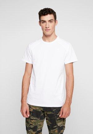 SIPHON MOTAC R T S/S - Camiseta estampada - white