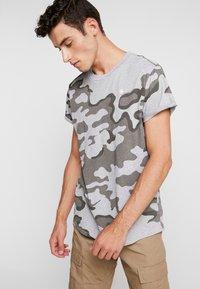 G-Star - SHELO - T-shirt z nadrukiem - grey - 0