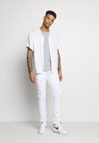 G-Star - BASE R T S/S - Basic T-shirt - grey/white - 1