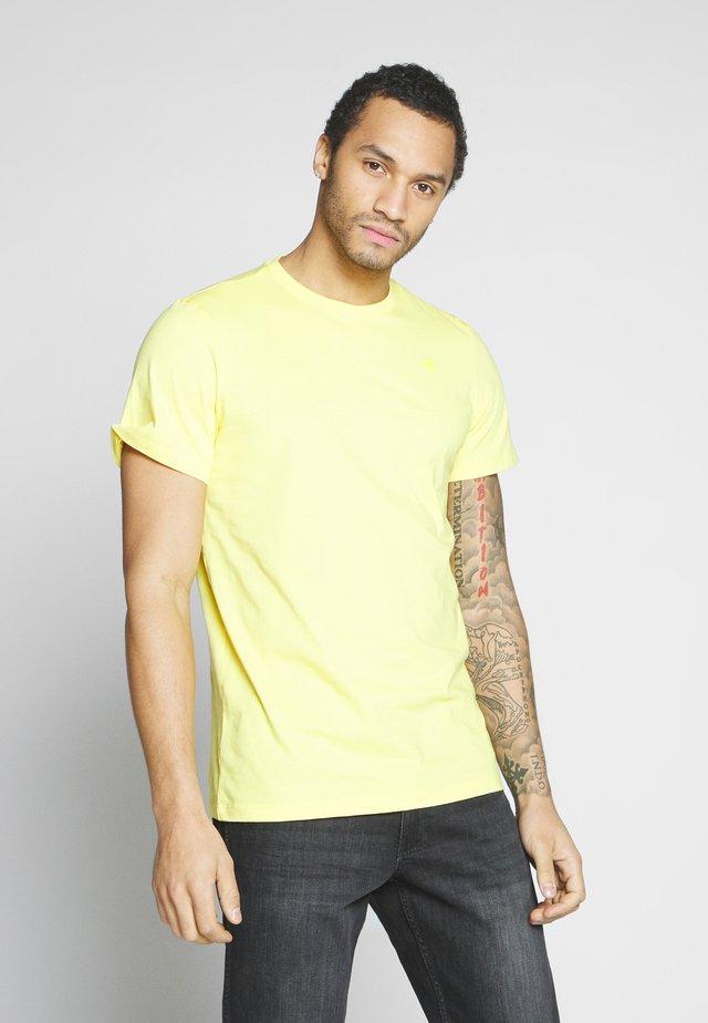 BASE-S - Camiseta básica - light lemon