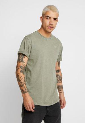 LASH - Basic T-shirt - sage