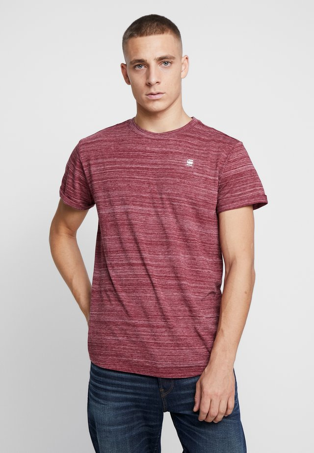 LASH - T-shirt basic - bright russet