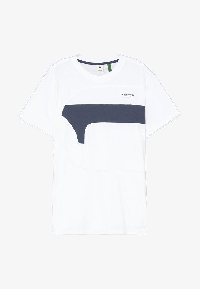 ONE CUT AND SEWN  - T-shirt print - white