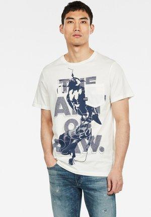 BIRD POCKET - T-Shirt print - milk