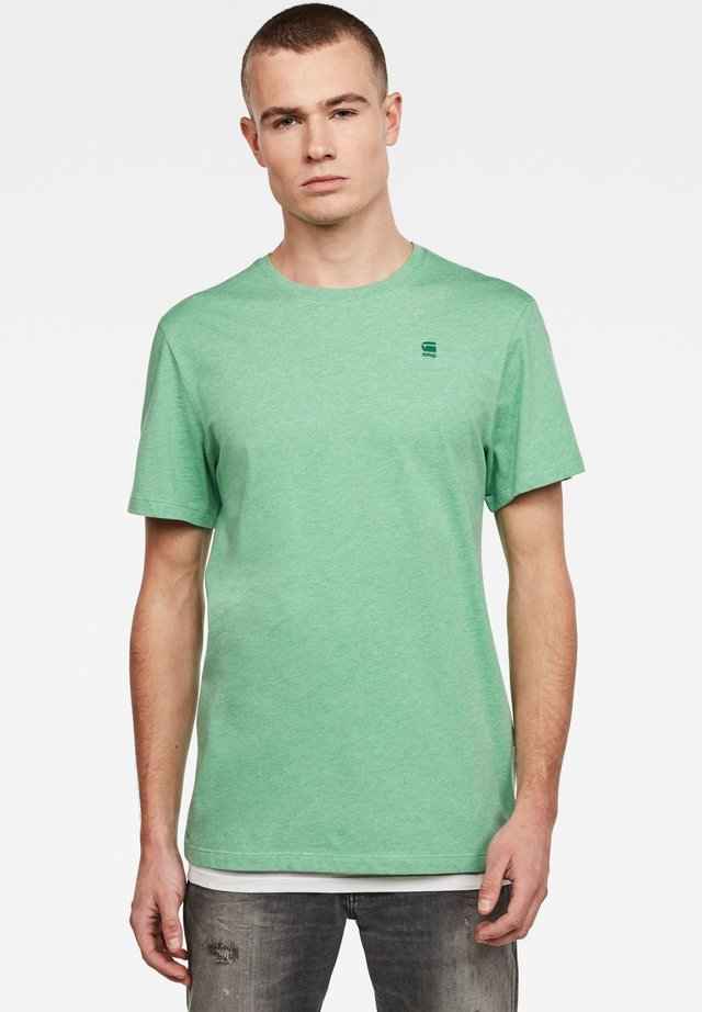 BASE-S - T-shirt basic - training green htr