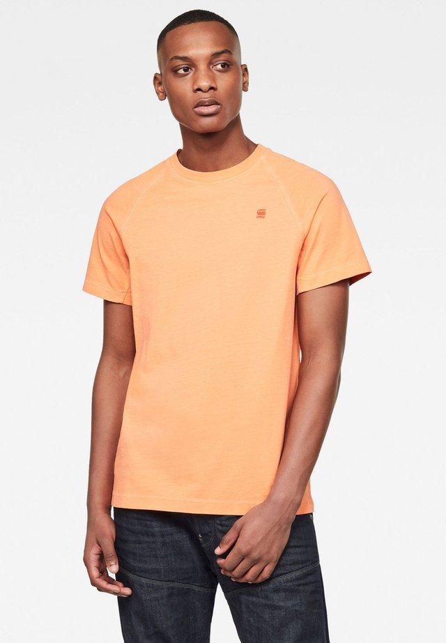 RAGLAN RECYCLE DYE - T-shirt basic - recycrom bright acid gd