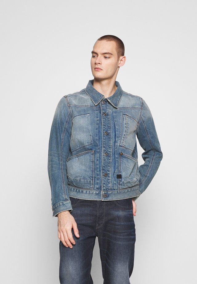 5650 JACKET - Chaqueta vaquera - kir stretch denim o - antic faded royal blue