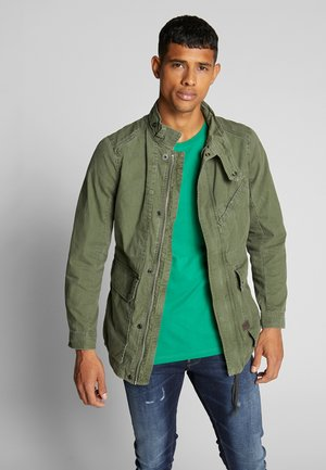BACK POCKET FIELD - Summer jacket - wild rovic