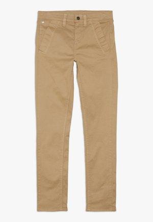 PANT BRONSON - Bukser - dark beige
