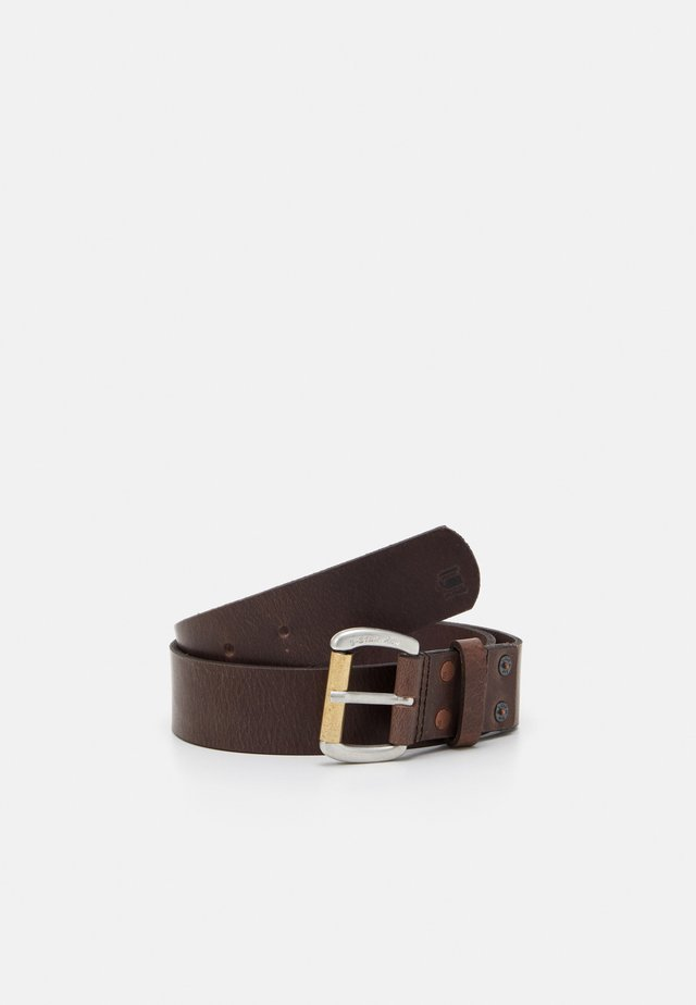 PLAIN DAST BELT - Pásek - dark brown