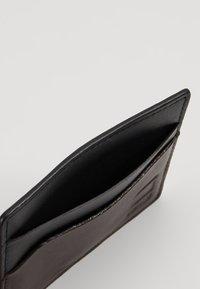 G-Star - ZALLIK GRIZZER CC HOLDER - Wallet - dark black/dark brown - 5
