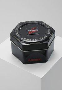 G-shock - Smartwatch - black - 3
